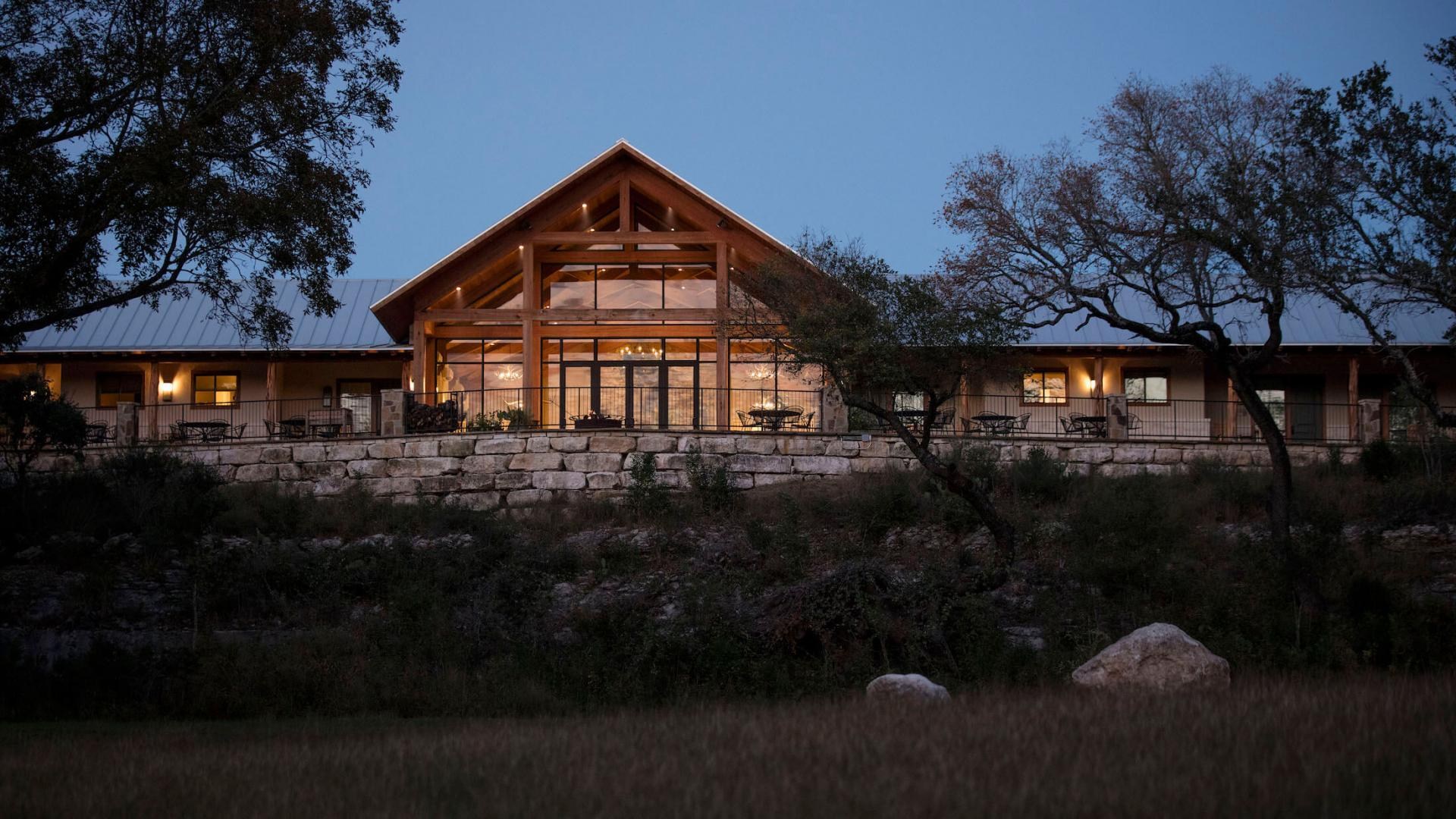 Lodging & Dining at Joshua Creek Ranch